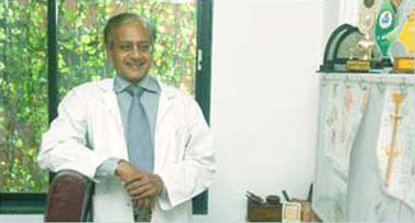 Dr. Vijay Kulkarni at his clinic in Mumbai.